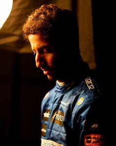 Ricciardo F1, Daniel Ricciardo, Man Crush, Honey Badger, Pilot, People, Wallpaper Ideas, Motogp, Brain