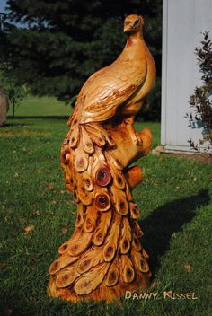 Carving by Danny Kissel/Kissel Studios.