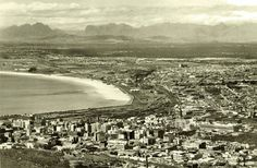 City view.    early 1930's   by Etiennedup Old Photos, Vintage Photos, Historical Pictures, African History, Cape Town, South Africa, Trip Advisor, City Photo, Exotic Birds