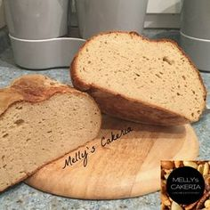 Endlich wieder helles Brot, nur ohne Reue! Das Keto Weißbrot schmeckt wie Fischers Kartoffelbrot - mild im Geschmack und ein echter LowCarb-Allrounder!
