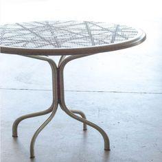 Tavolo Rotondo JOIN 70 In Alluminio, Medes Metal Design