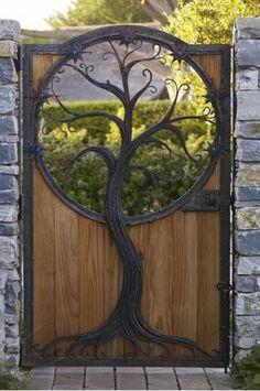 Garden Gates And Fencing, Garden Doors, Garden Entrance, Gate Design, Door Design, Garden Types, Garden Art, Balcony Plants, Alpine Plants