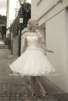 R0017 Elegant  A-line High Neck Short Sleeve Lace White Knee Length Pleated Ruched  Wedding Dress Gown 2014 US $69.99