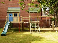 forest-combo-playhouse-climbing-frame