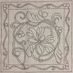 Janet's Floral - Rug making Rug Hooking Designs, Rug Hooking Patterns, Wool Applique, Applique Patterns, Punch Needle Patterns, Rug Inspiration, Hand Hooked Rugs, Penny Rugs, Handmade Headbands