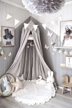 Love this beautiful kid s room! Linen canopy 3defb29cbb8