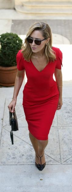 red sheath dress with split sleeves, black pointed toe heels, black handbag, sunglasses + loose curls hairstyle {black halo, sjp collection, m2malletier, wonderland}