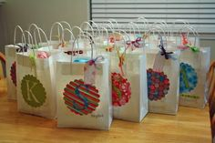 cute lil' gift/favor bags.  Decorated using the cricut!
