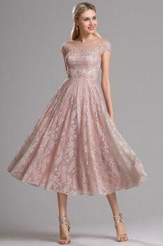Krátké plesové retro šaty krajkové jemné celokrajkové party šaty přinechané  minirukávky všitá podprsenka lodičkový výstřih zip 4006835211