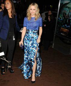 Long high waist skirt - such a pretty blue!