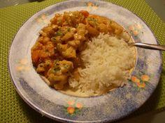 Pittige rode viscurry met groenten Risotto, Grains, Recipies, Ethnic Recipes, Food, Recipes, Eten, Seeds, Meals