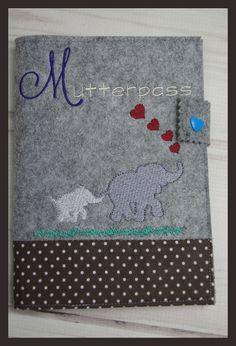 Mutterpasshülle aus Filz bestickt mit Elefantenmotiv, Handarbeit in Kleidung & Accessoires, Damenmode, Umstandsmode | eBay!