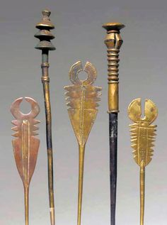 5 hair pins from West Africa | Brass / copper alloy, wood | 118€ for the lot ~ sold (June '03)