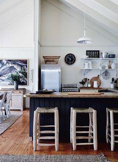Una casa vacanze su un'isola privata della Tasmania - #mansarda #decor