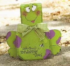 frog painted paver
