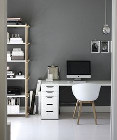 ▷ 1001 + stunning ideas for gray wall paint- ▷ 1001 + atemberaubende Ideen für Wandfarbe Grau Gray wall, office furniture, white desk with computer, shelves with documents - White Office Furniture, Office Storage Furniture, Home Office Storage, Home Office Design, Home Office Decor, Office Ideas, Gray Painted Walls, Grey Walls, White Desks
