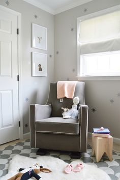 This is a cozy little corner, huh? Had to share one more shot of big girl room. Sources tagged and loads more in our post. Pastel Girls Room, Grey Girls Rooms, Little Girl Rooms, Girls Bedroom, Kid Bedrooms, Nursery Room, Nursery Decor, Nursery Design, Nursery Ideas