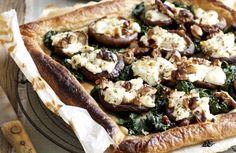 Wintertaart met gevulde champignons