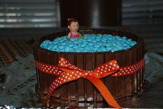 Candy cake swimming pool!