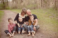 Family Portrait with urban meets rustic style!