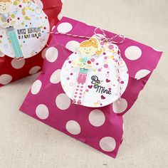 Little Girl Valentine Treat Bag by Lizzie Jones for Papertrey Ink (December 2015)