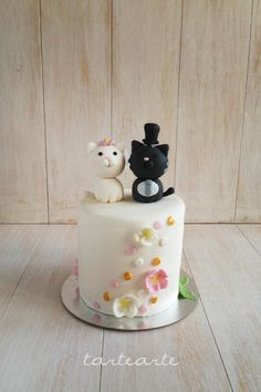 tartearte: Mini-tarta de boda con gatitos!! Bakery, Wedding Day, Clay, Kitty Cats, Birthday, Madness, Desserts, Shower, Love