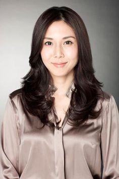 Matsushima Nanako (松嶋菜々子) - best beautiful and elegant smile in asian actress Japanese Beauty, Beautiful Asian Women, Sexy Asian Girls, Beautiful Actresses, Asian Woman, Long Hair Styles, Elegant, Lady, Pretty