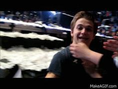 You have been officially hugged by Hunter Hayes. You're welcome.... Repin spread the love! <<<< SCCCRRREEEEEAAAMMMMIIINNNGGGGG