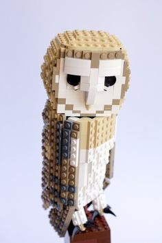 Barney the Barn Owl: A LEGO® creation by DeTomaso Pantera : MOCpages.com
