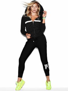 The sexiest panties & lingerie. The most beautiful Supermodels. Discover what's hot now - from sleepwear and sportswear to beauty products. Pink Flip Flops, Full Zip Hoodie, Cute Tops, Hoodies, Sweatshirts, Supermodels, Joggers, Most Beautiful, Sportswear