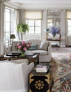 Blog with Design Tips] How to Add Personality to Stately Rooms with Savonnerie Rugs. Michael S. Smith's own Manhattan Penthouse.