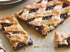 Make it today delicious Fig Crostata.  #figcrostatarecipe #veggiebasics #veggiefoodrecipe
