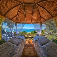 ♥♥50+ ROMANTIC ADVENTURES FOR COUPLES♥♥ Get a Couples Massage by the Beach
