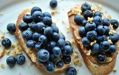 blueberries + honey cinnamon goat cheese crostini = breakfast tapas