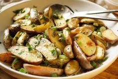 Kartoffelsalat mit Kapern mit Zitrone, Thymian und Dijon-Senf zum Grillen