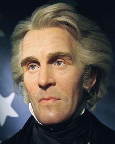 Biografia, storia e vita di Andrew Jackson. Fu il primo presidente americano di umili origini. Prima di divenire 7° Presidente USA fu un eroe militare.