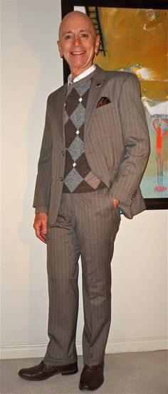 Happy Friday! Tommy Hilfiger suit, Uomo Emozione sweater, Hush Puppies……