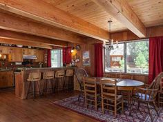 Gordon Pet Friendly Cabin Agate Bay (California) Gordon Pet Friendly Cabin is a detached holiday home is located in Carnelian Bay and is 40 km from Reno. The unit is 34 km from South Lake Tahoe. Free WiFi is provided throughout the property.