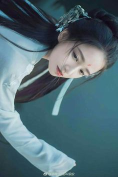 Chinese Traditional Costume, Traditional Outfits, Chinese Picture, Asian Photography, Beautiful Fantasy Art, Ancient Beauty, China Girl, Ancient China, Hanfu