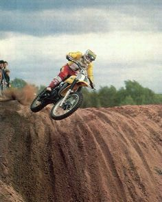 Suzuki Motocross, Motocross Riders, Mx Racing, Off Road Racing, Vintage Biker, Vintage Motocross, 2 Stroke Dirt Bike, Wheel In The Sky, Old Scool