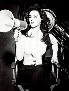 Katy Perry Classic Style: Black And White Photos
