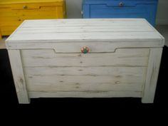 Antique White Hope Chest made from Reclaimed Pallet Wood with Anthropologie Hardware