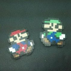 Set of 2 - Mario & Luigi - Pixel Art by emmadreamstar - pin Mario to the Groom's boutonniere and Luigi to the Best Man's!!!
