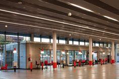 Centro de Servicio del Automóvil / Beriot, Bernardini Arquitectos