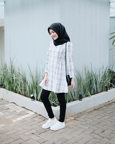 "Ucuuuuu by ✨"" hijab style dress, casual hijab outfit, oo Casual Hijab Outfit, Hijab Chic, Casual Outfits, Fashion Outfits, Dress Casual, Modern Hijab Fashion, Muslim Fashion, Hijab Teen, Niqab"