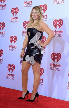 Hilary Duff in Louboutins! She always looks sooo good!