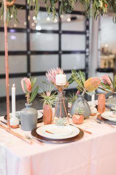 Everbloom Design modern geometric wedding inspiration - photo by Amy Hutchinson Photography Geometric Wedding, Floral Wedding, Wedding Colors, Wedding Flowers, Elegant Wedding, Wedding Trends, Wedding Designs, Wedding Venues, Blush Rosa