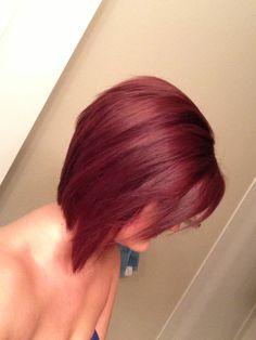 Red violet inverted bob