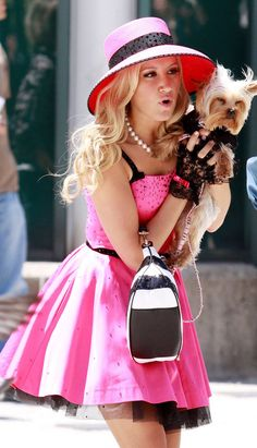 Touch Of Feminine Fashion Disney Challenge, Ashley Tisdale, High School Musical Cast, Disney Original Movies, Divas, Look Rose, Band Outfits, Celebs, Celebrities