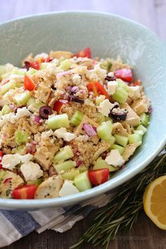No red onion, please. The perfect summer salad! Juicy grilled chicken, cucumber, tomatoes, olives and Feta tossed with quinoa and lemon juice – protein packed and delicious!